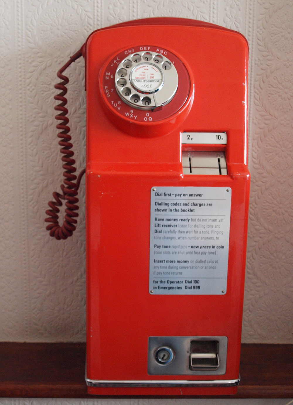 Gpo 1 735d Combined Telephone And Coin Box